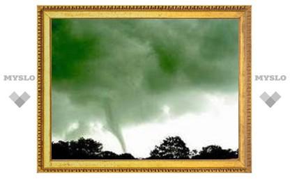 На Великобританию обрушились четыре торнадо