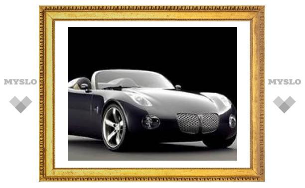 Pontiac Solstice превратился в купе со съемной двухслойной крышей