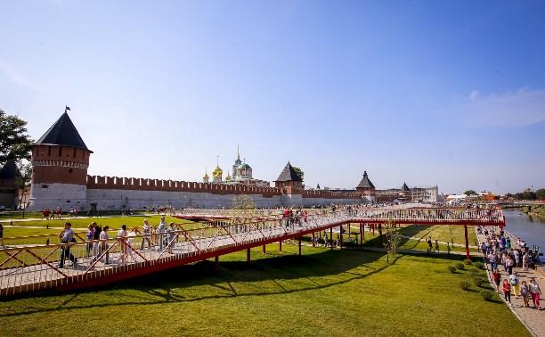 На Казанской набережной по выходным туляков ждет вечер джаза, экскурсии и школа английского языка