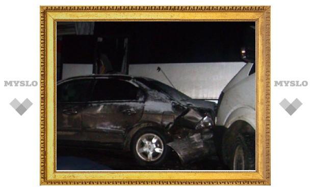 В аварии из 30 машин под Тулой погибла женщина