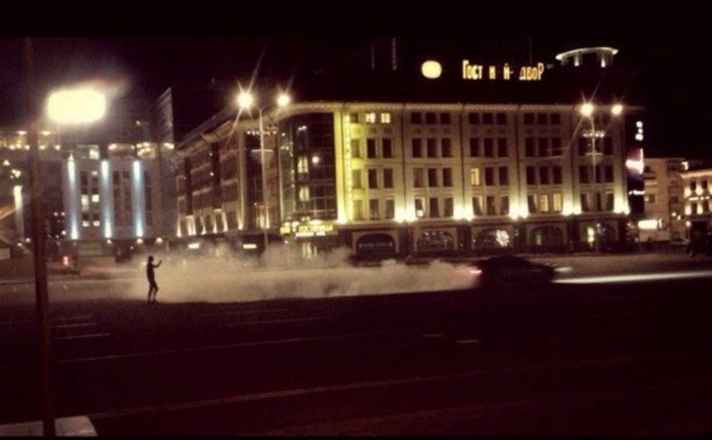 Ночью по площади Ленина гонял «Мерседес»