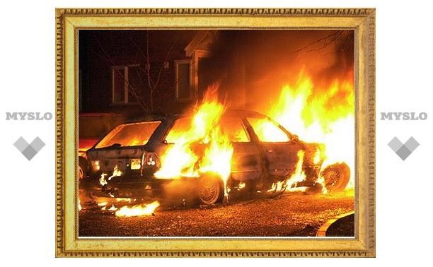 Поджигателю машин предъявлено обвинение