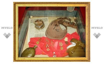 В Щекине открылась выставка военных реликвий