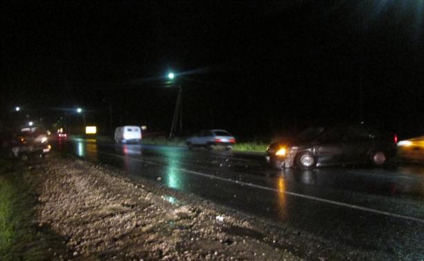 В ночной аварии на М4 погибли два человека