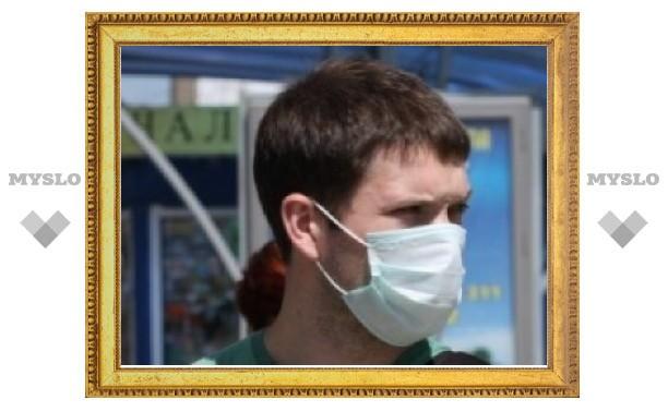 В Москве ограничена продажа защитных масок