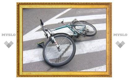 Престарелый велосипедист угодил под машину