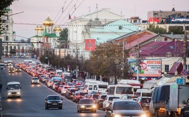 Движение в центре Тулы парализовала многокилометровая пробка