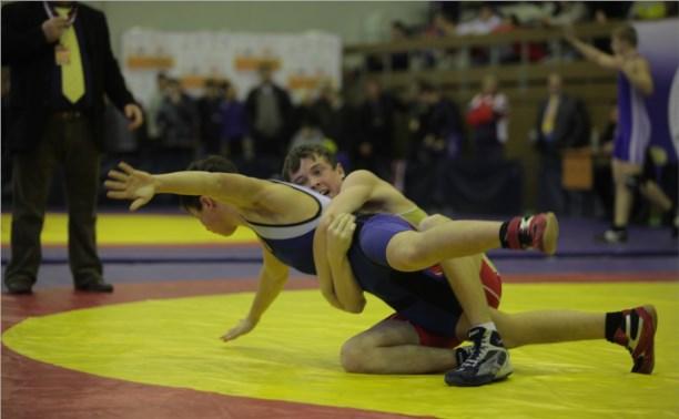 Борец из Тулы занял первое место на турнире в Тамбове