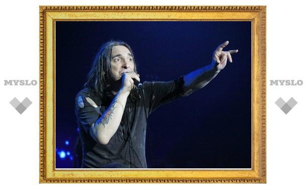 "На концерте ""Короля и Шута"" у фанатов отобрали нунчаки и сюрикен"