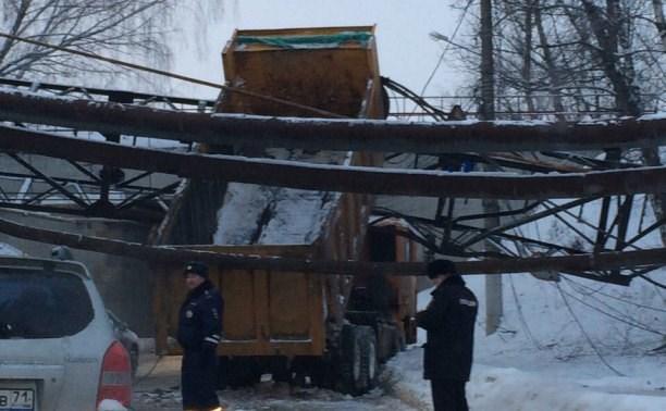 Из-за ДТП на Венёвском шоссе временно ограничили движение транспорта