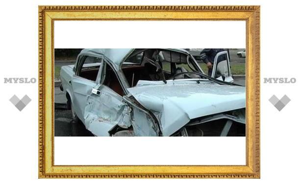 В аварии под Тулой пострадали пять человек