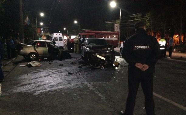 В страшной аварии на проспекте Ленина в Туле погибли два человека