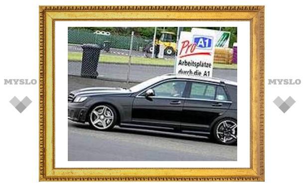 Mercedes испытывает новый универсал C-класса