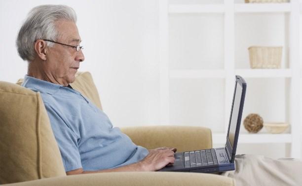 Работодателей хотят обязать брать на работу пенсионеров и молодёжь