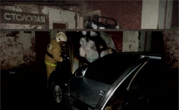 Ночью в Киреевске сгорел автомобиль