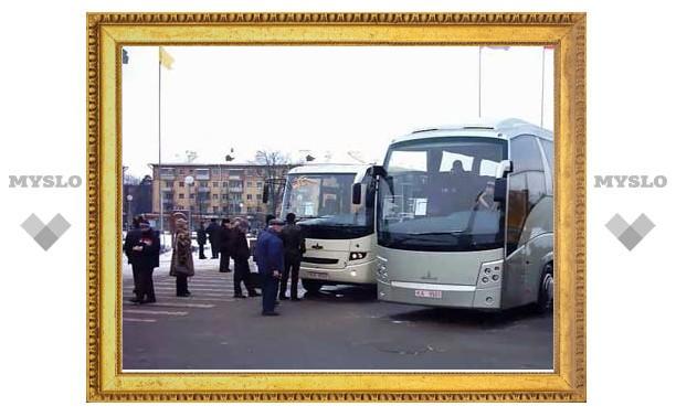 Алиса Толкачева увезла аппарат Тульской городской Думы на экскурсию в Калугу