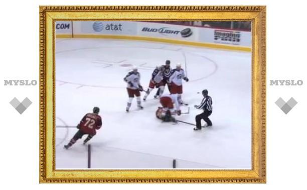 Игрок НХЛ дисквалифицирован за удар в голову после сирены
