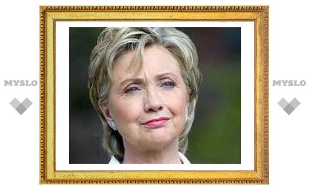 Клинтон собрала 27 миллионов долларов на предвыборную кампанию