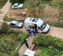 В Алексине у подъезда жилого дома обнаружили труп мужчины