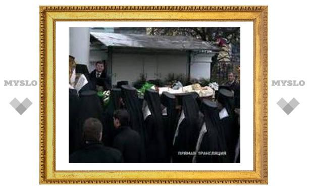 Алексий II похоронен в Богоявленском соборе
