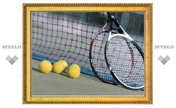 Тульский теннисист вышел в финал областного первенства