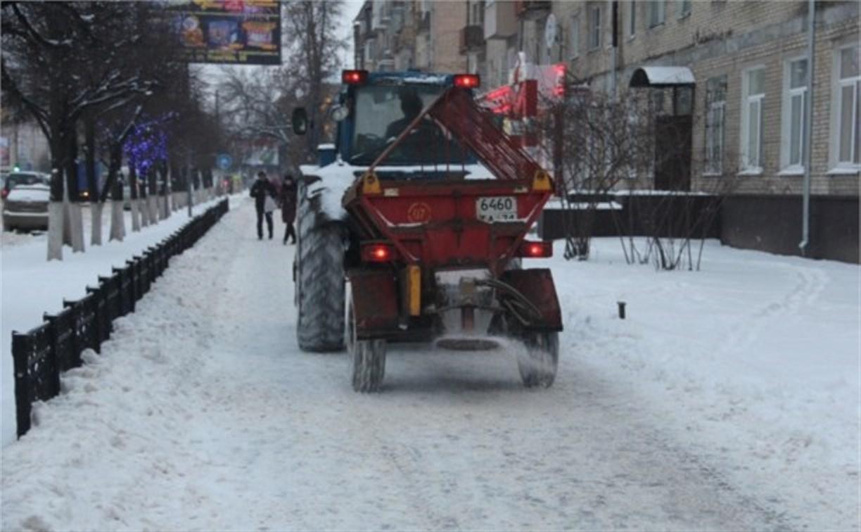 Продолжается уборка улиц и дорог Тулы