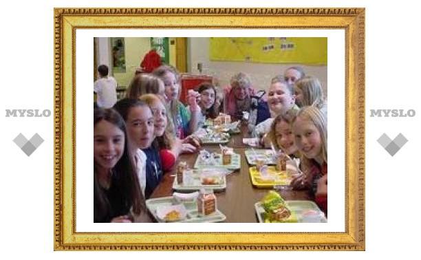 Тульские школьники получат бесплатные завтраки