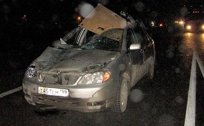 На трассе М4 пешеход попал под колеса двух иномарок