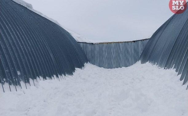 Очевидец трагедии в Плавском районе: «Дети катались с ангара, и их завалило снегом»
