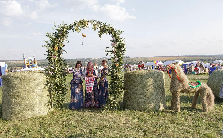 В Киреевском районе прошел фестиваль народной культуры «Дедославль-2017»