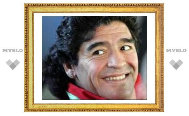 Диего Марадона убрал двойной подбородок
