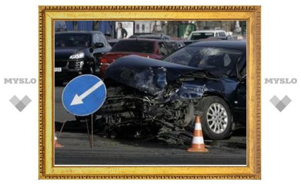В Туле автомобиль пьяного офицера полиции протаранил пять машин