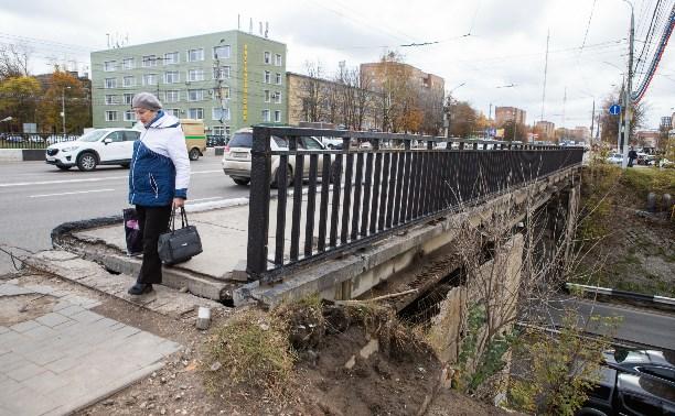 Путепровод на проспекте Ленина в Туле находится в ужасном состоянии