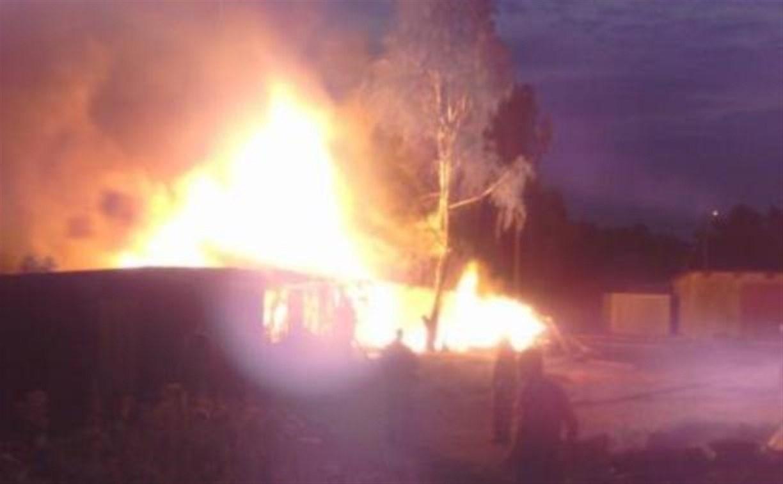 В Арсеньевском районе добровольные пожарные помогли справиться с огнём