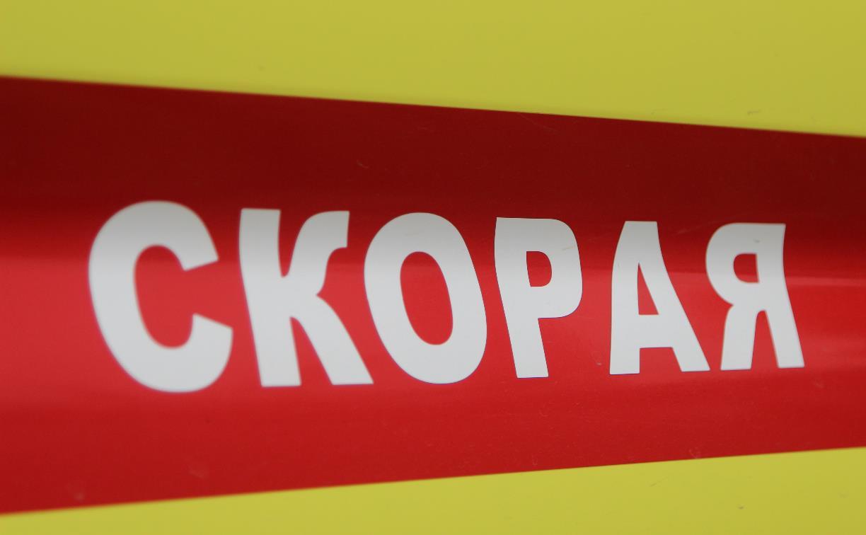 В Тульской области грузовик сбил двух фельдшеров скорой, приехавших на ДТП