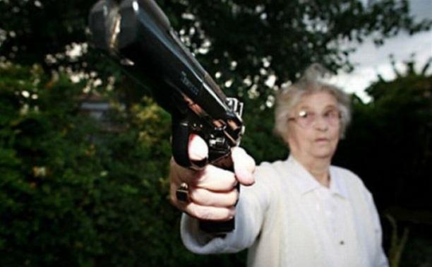 Тульскую пенсионерку подозревают в причастности к терроризму