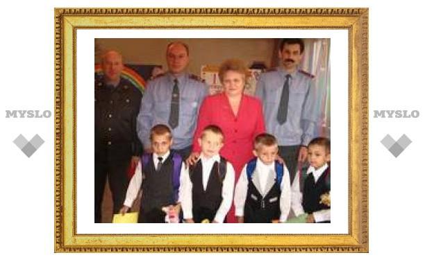 """Милиция """"закатила концерт"""" в детском доме под Тулой"""