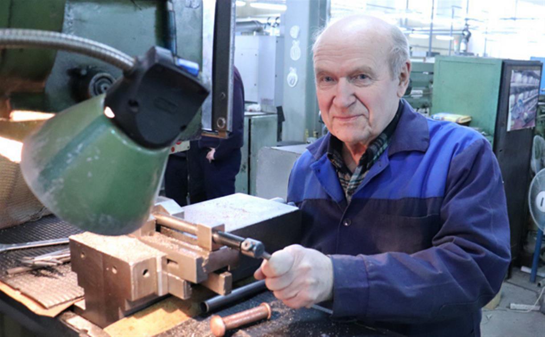 На ТПЗ свой 80-летний юбилей отмечает Алексей Егорович Антипов
