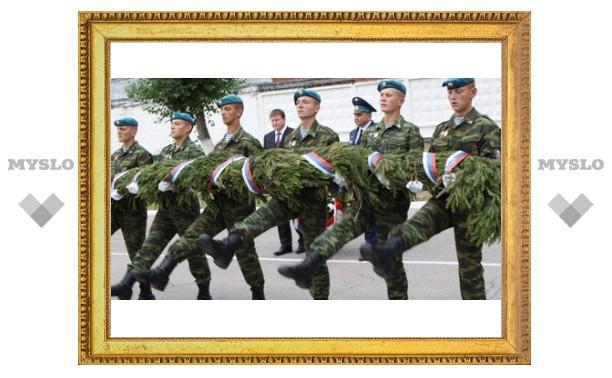 Сегодня в Туле отмечают День «голубых беретов»