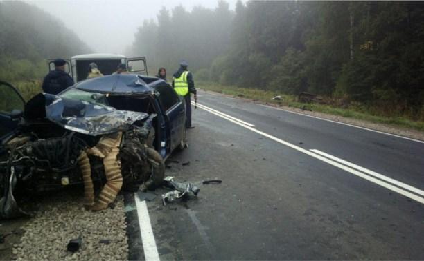 За сутки на дорогах Тульской области разбились четыре человека