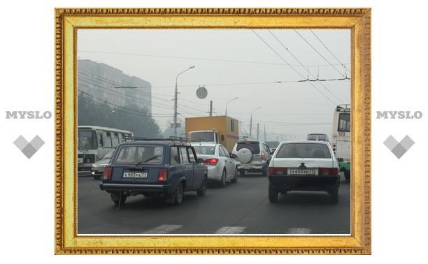 """Volkswagen и """"ГАЗель"""" стали причиной гигантской пробки в Туле"""