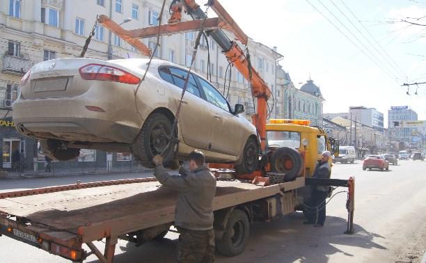 Незаконную эвакуацию автомобилей хотят приравнять к угону