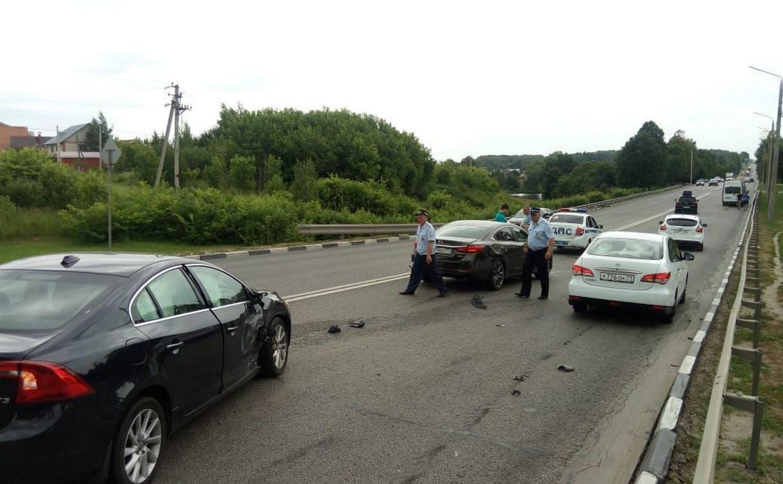 На Московском шоссе в Туле произошла массовая авария с участием маршрутки