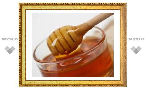 Ученые рекомендуют лечить хронический насморк медом