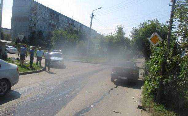 В ДТП в Туле пострадала женщина