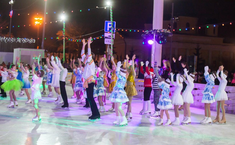 Туляки отметили старый Новый год ледовым шоу