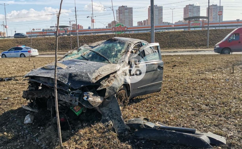 В Туле Mitsubishi после ДТП кувыркался 50 метров: пассажир вылетел из салона