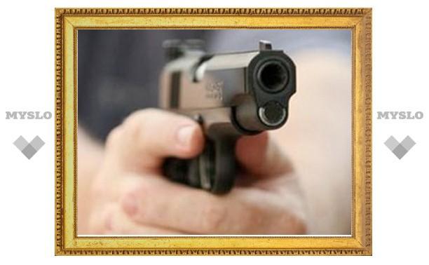 В Щекине мужчина открыл стрельбу в ночном клубе