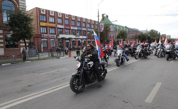 Алексей Дюмин, Евгений Авилов и Александр Залдостанов дали старт Дню города