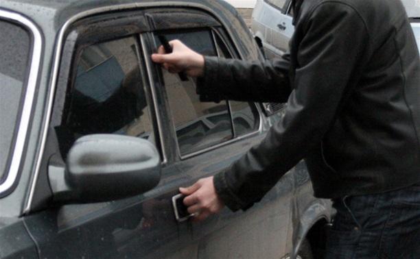 Житель Венева угнал автомобиль и попал аварию